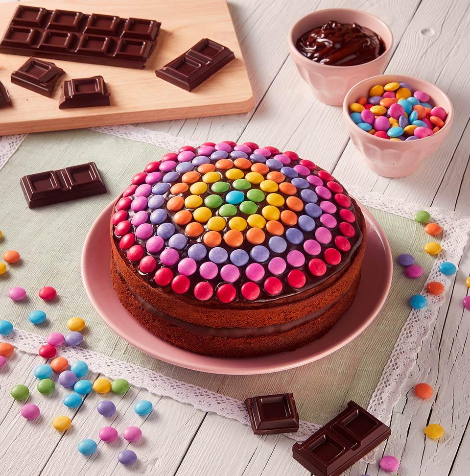 Torta Compleanno Bambini Fatta In Casa.Ricetta Torta Al Cioccolato Con Smarties Perugina Com